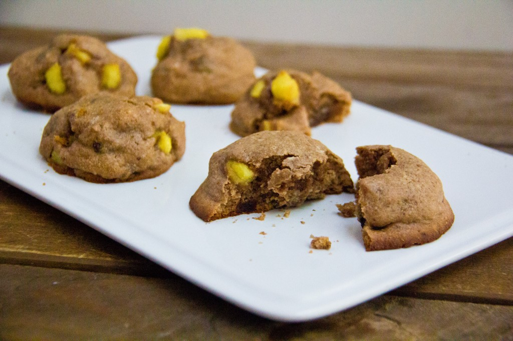 pineapple-caramel stuffed cookies-1