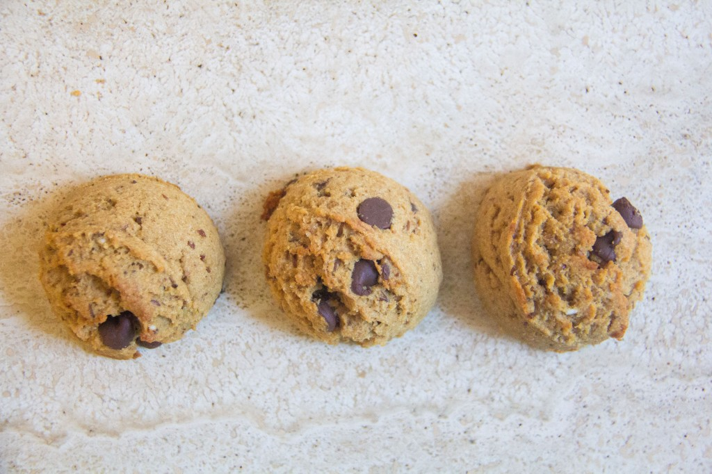 Fluffy Peanut Butter Cookies (4 of 6)