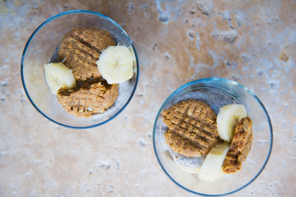 Peanut Butter Cookie Chia Seed Banana Pudding-3