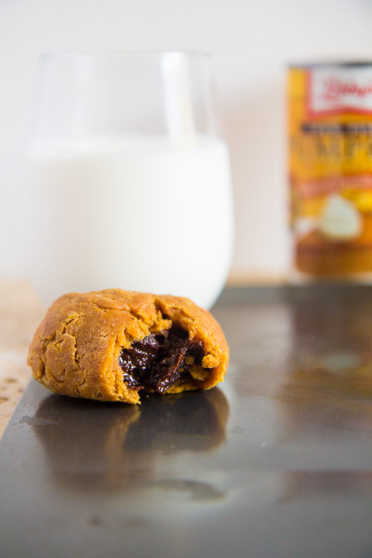 Chocolate Caramel Stuffed Pumpkin Cookie-7