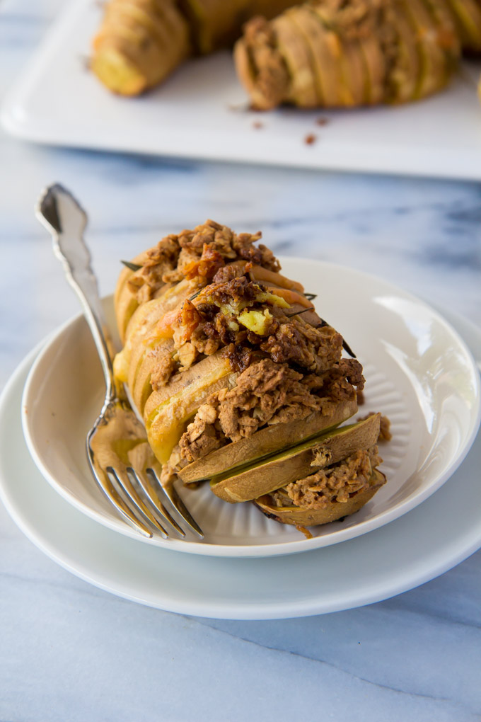 Cheddar Rosemary Sweet Potatoes with Oatmeal Crumble-5