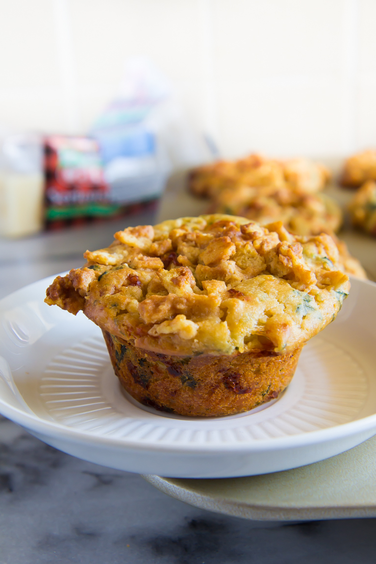 Spinach Artichoke Dip...made into MUFFINS! Perfect party appetizer!