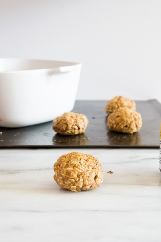 brown butter oatmeal cookies stuffed with nutella \\ immaEatThat