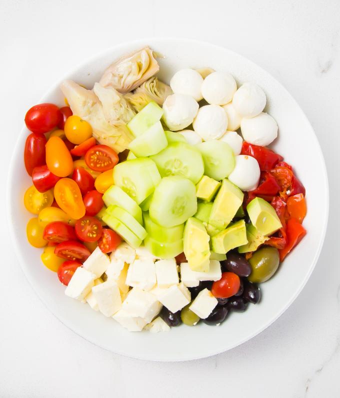 crispy salmon greek salad \\ immaEATthat.com