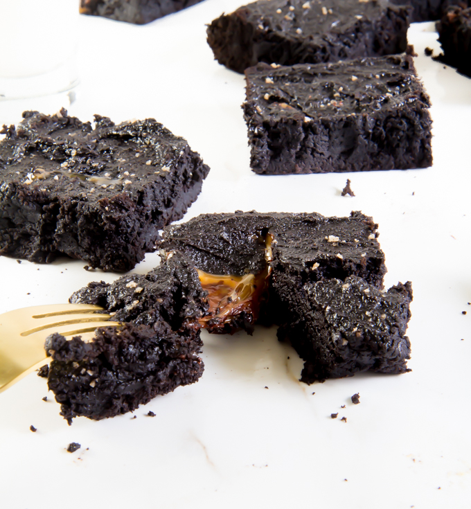 Sea Salt Caramel Coconut Flour Brownies \\ immaEATthat.com