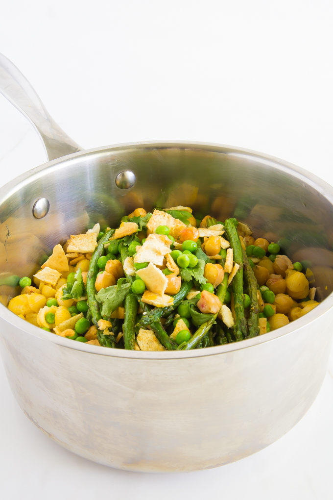 Spring Mac & Cheese - roasted asparagus & chickpeas, green peas, cilantro, pita chips \\ immaEATthat.com