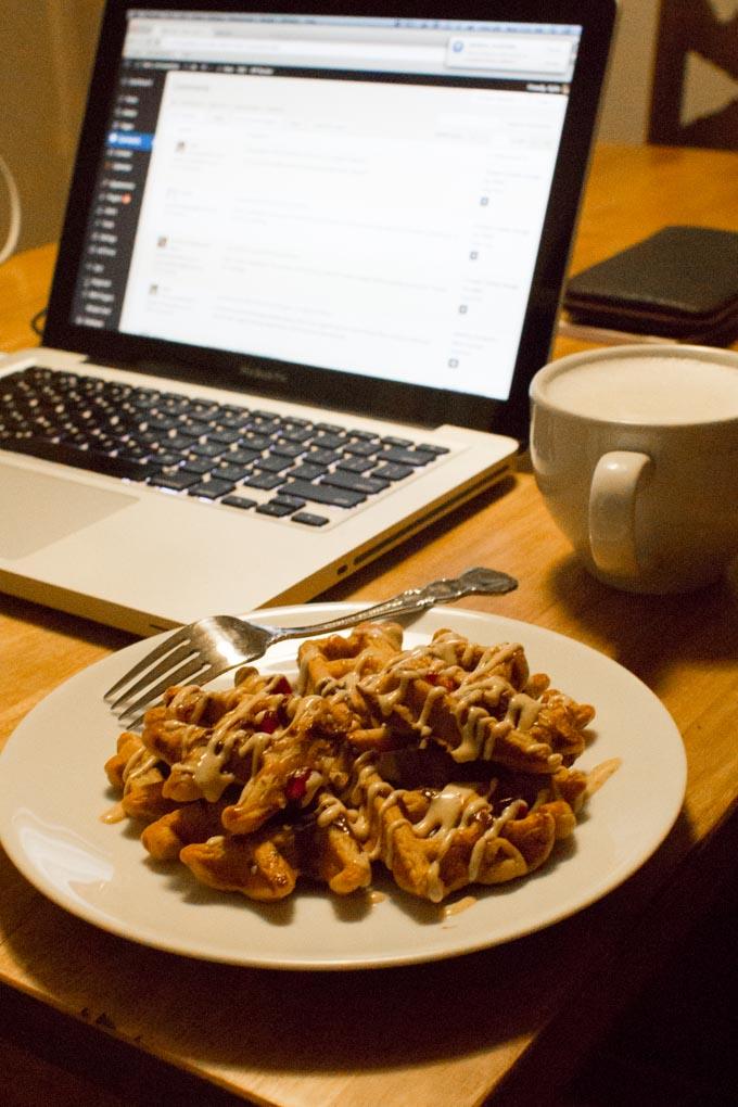 pomegranate chai waffles | immaEATthat.com