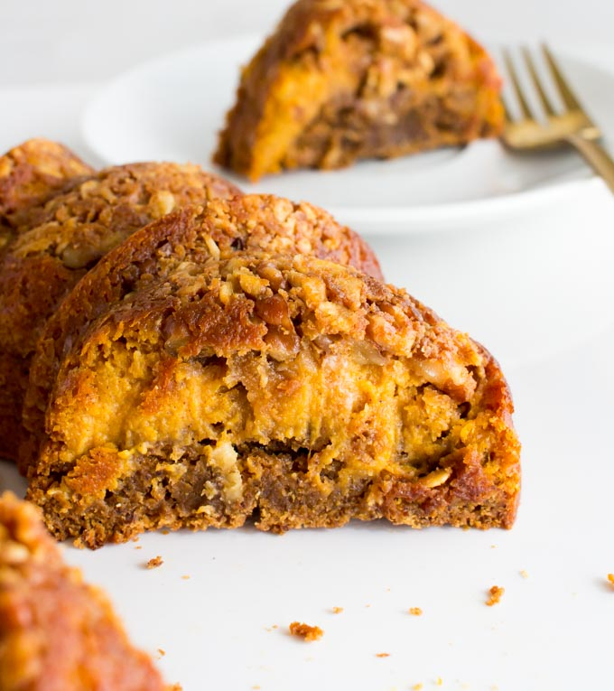Gingerbread Pumpkin Pie Coffee Cake. The perfect sweet addition to Thanksgiving or Christmas menus! | immaEATthat.com