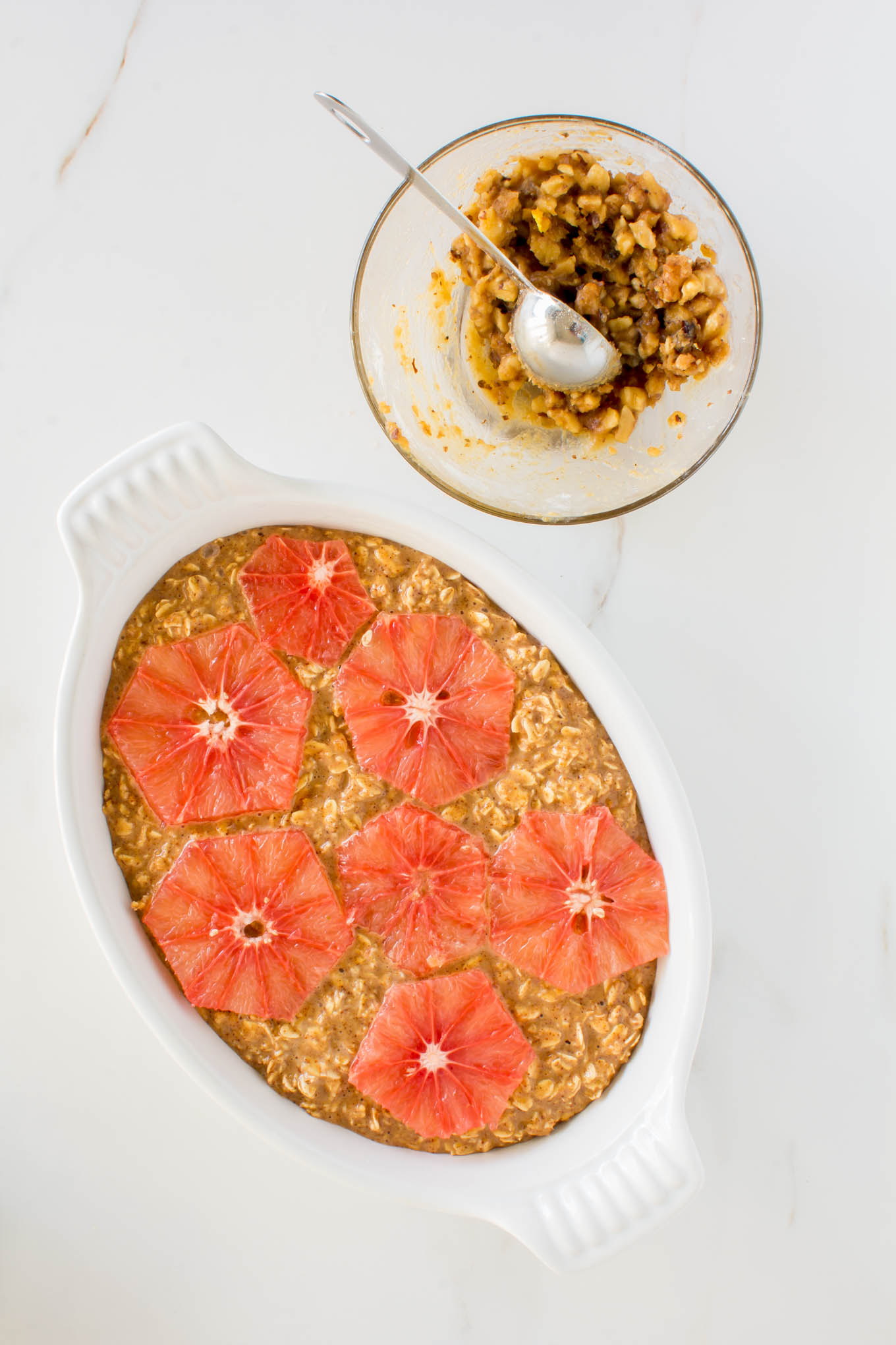 grapefruit baked oatmeal with walnut streusel | immaEATthat.com