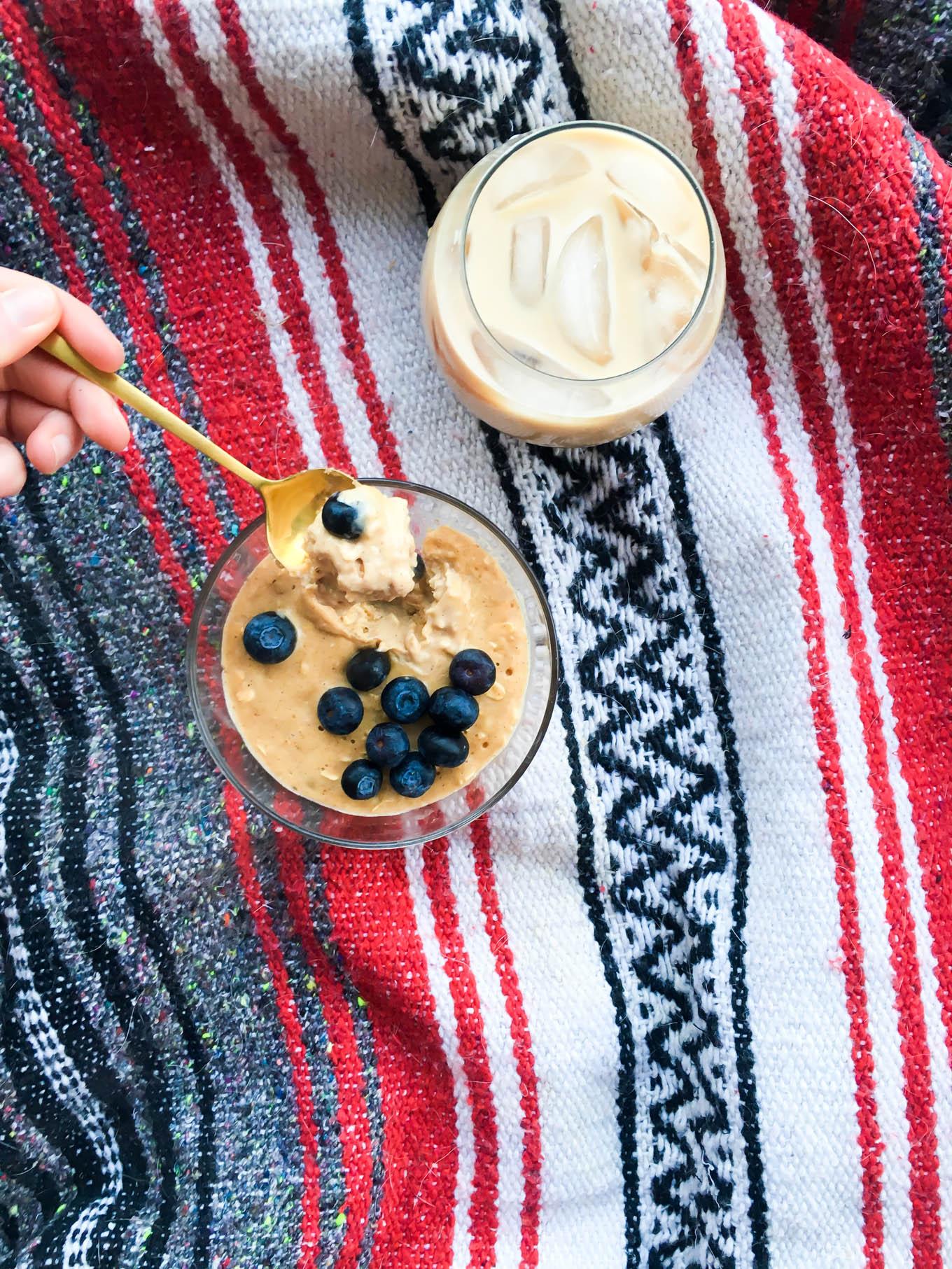 ooey, gooey peanut butter breakfast cake | immaEATthat.com