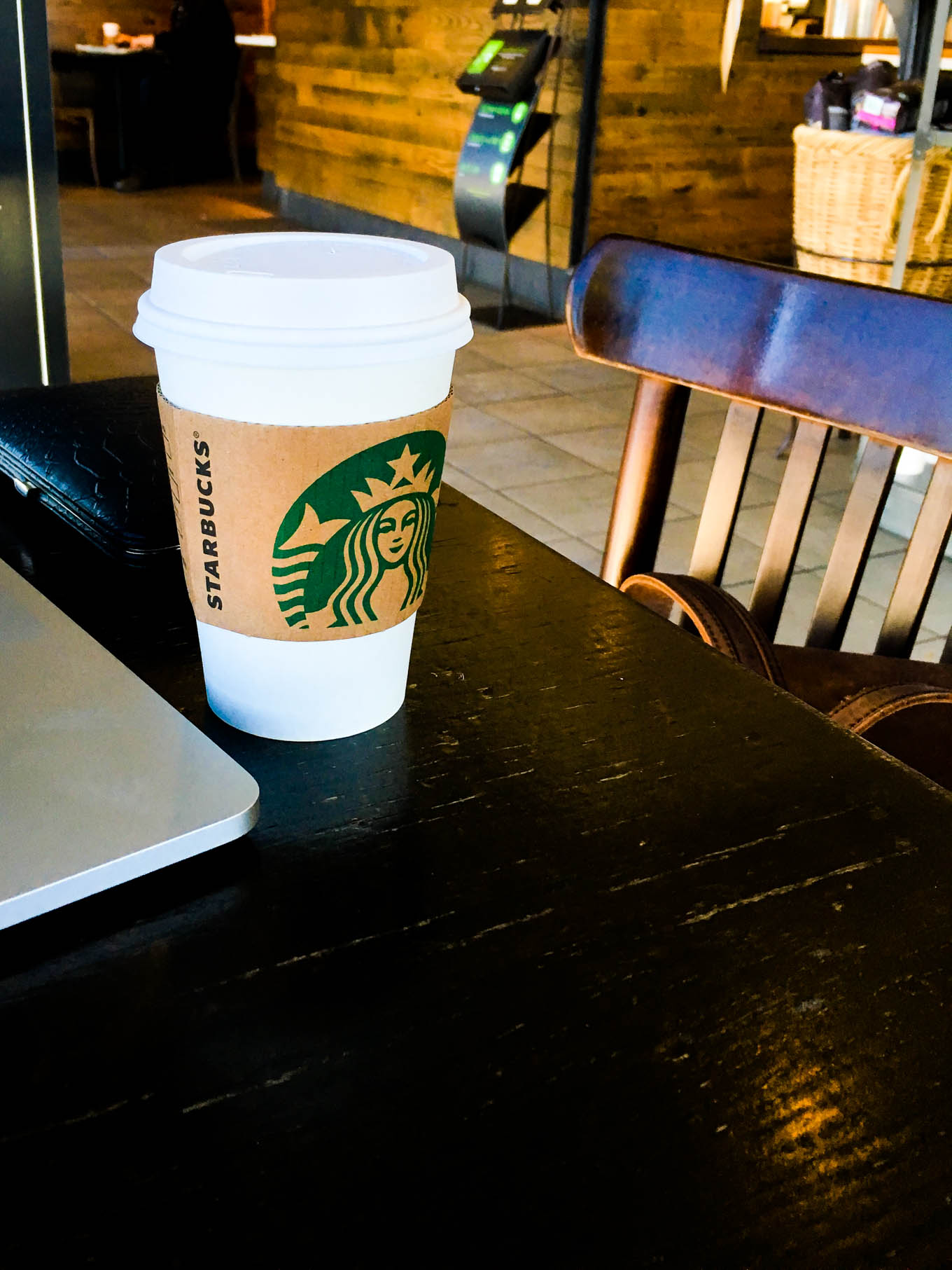 latte + one pump vanilla | immaEATthat.com