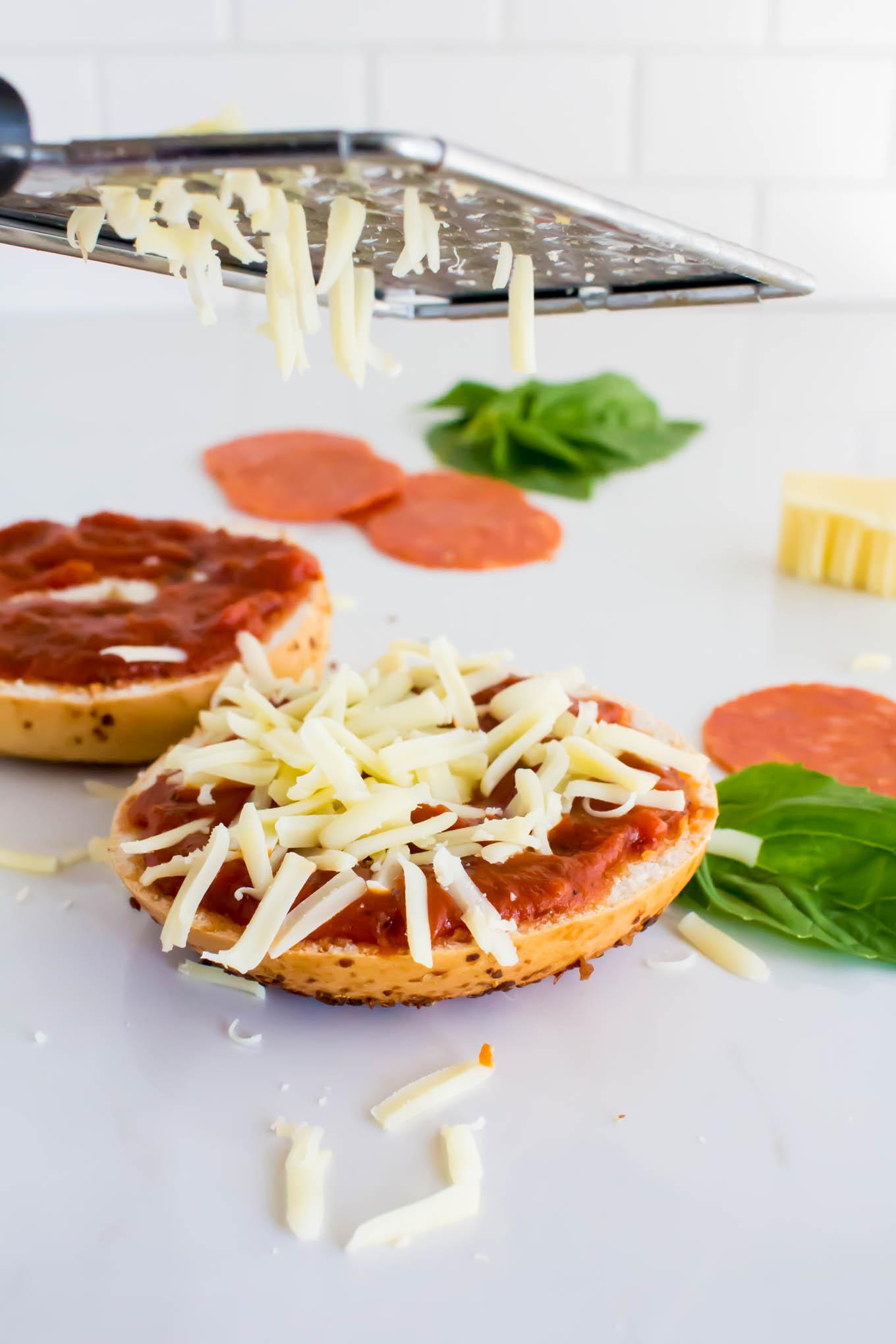 pizza bagel | immaEATthat.com