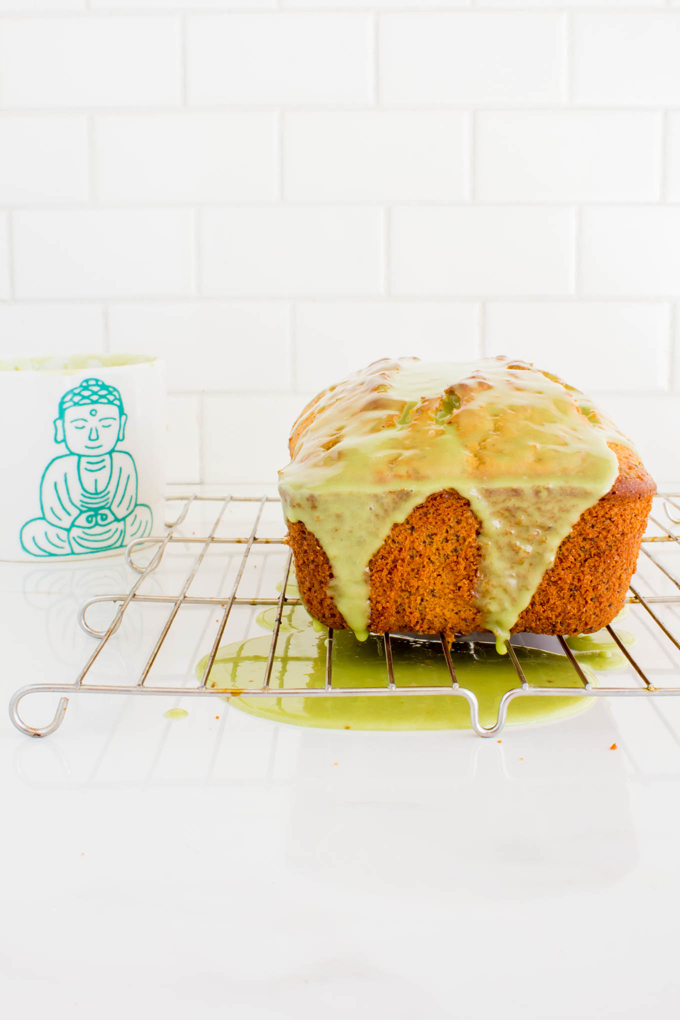 lemon poppyseed bread with matcha glaze | immaEATthat.com