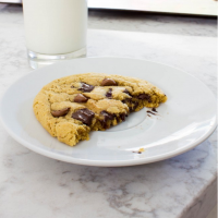 chocolate chip peanut butter cookies for two | immaEATthat.com