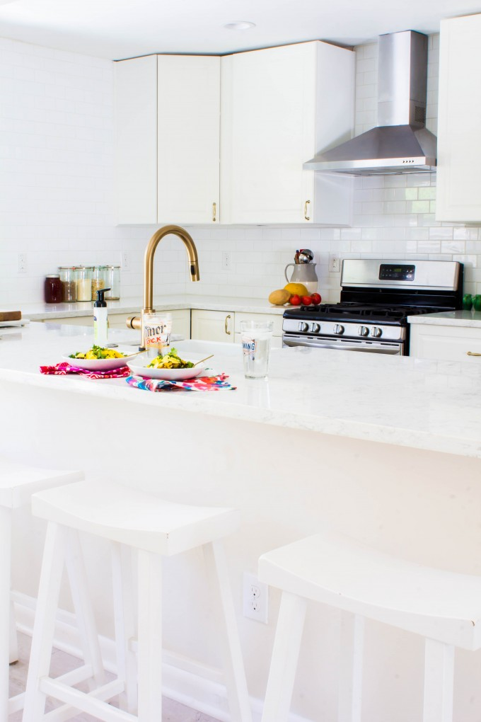 white & gold kitchen | immaEATthat.com