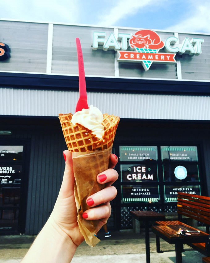 soft serve + painted nails at Fat Cat Creamery in Houston | immaEATthat.com