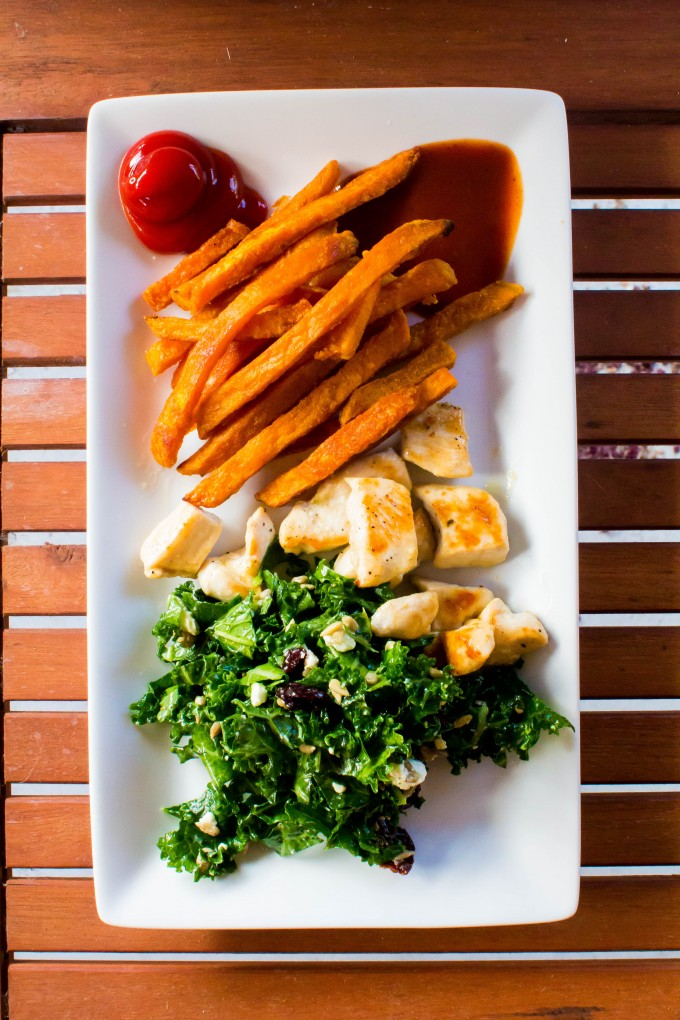 weekend dinner = kale salad + chicken + sweet potato fries + two dipping sauces | immaEATthat.com