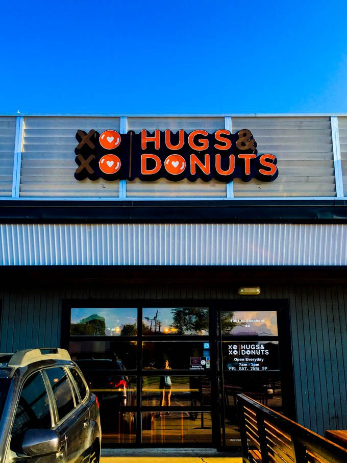 hugs & donuts | Houston, TX