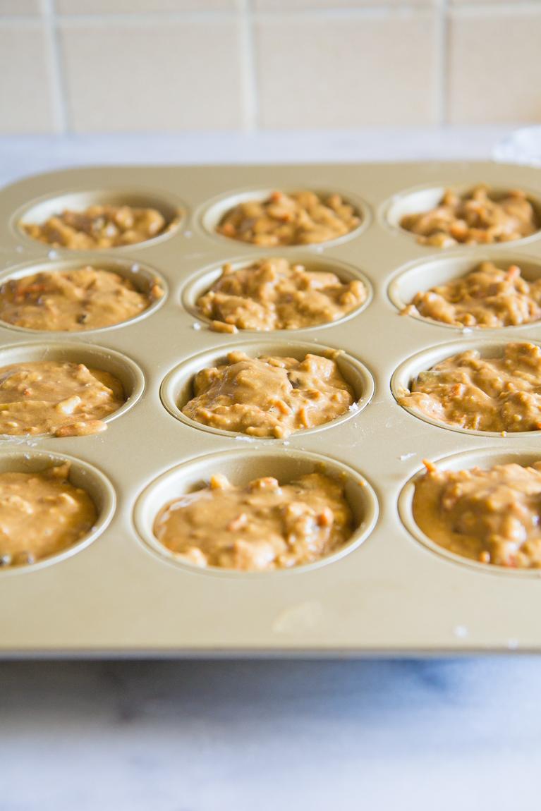 Morning Glory Muffins made with oat flour, greek yogurt & honey! Refined-sugar free! #breakfast #healthy