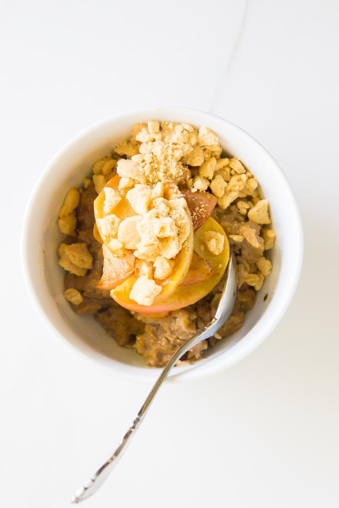 Latte Apple Crisp Oatmeal \\ immaEATthat