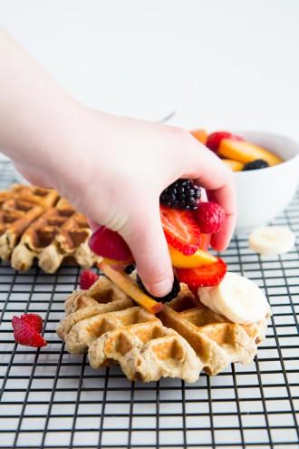 Banana Bread Protein Waffles \\ immaEATthat
