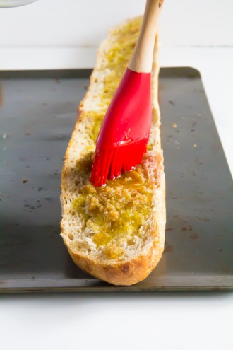 springtime cheesy garlic bread \\ immaEATthat