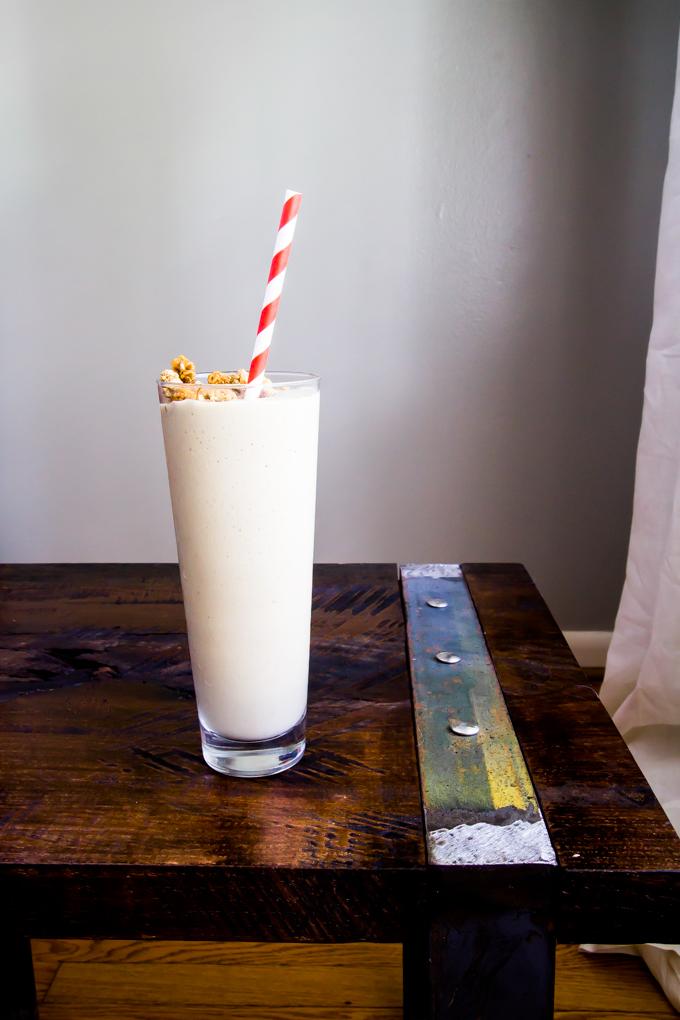 Chocolate Avocado Breakfast Shake \\ immaEATthat