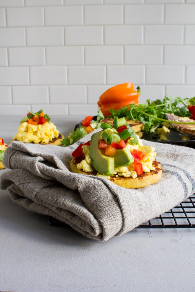 Breakfast Arepas. The perfect brunch dish for the holidays! | immaEATthat.com