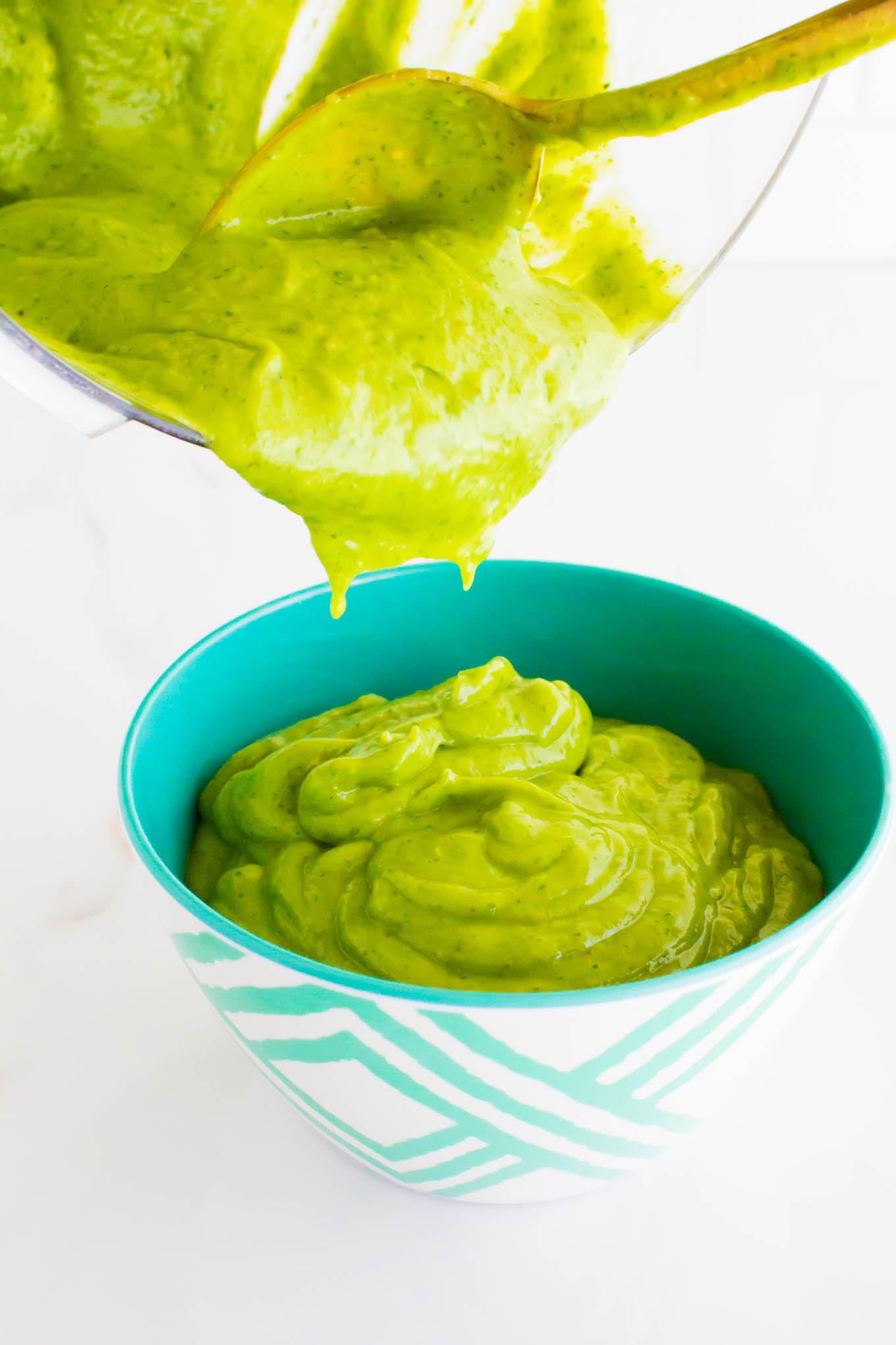 the greatest creamy cilantro sauce | immaEATthat.com