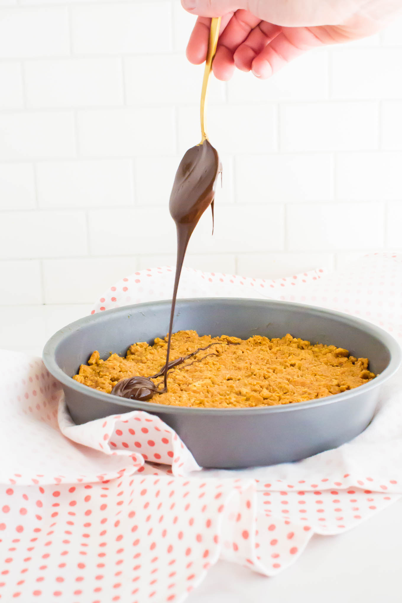 peanut butter graham crunch tart | immaEATthat.com