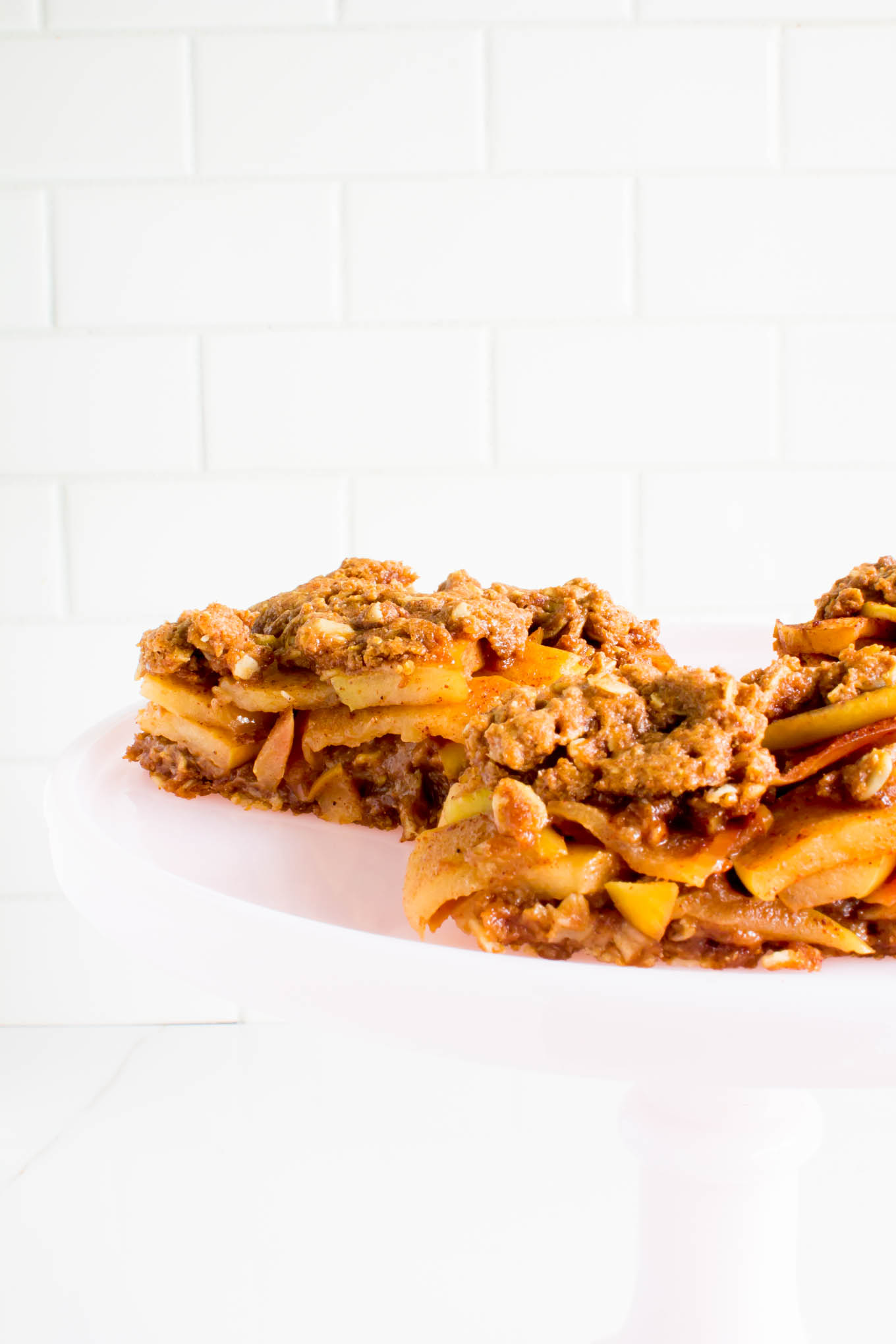 apple crumble breakfast bars | immaEATthat.com