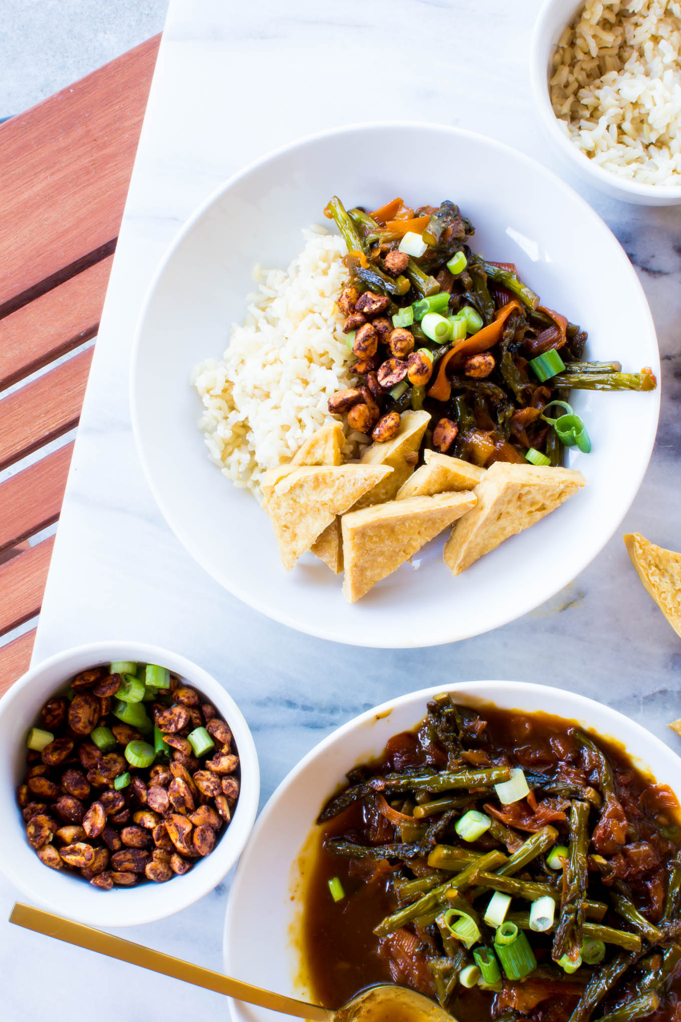 pineapple soy sauce tofu stir-fry with BBQ peanuts | immaEATthat.com