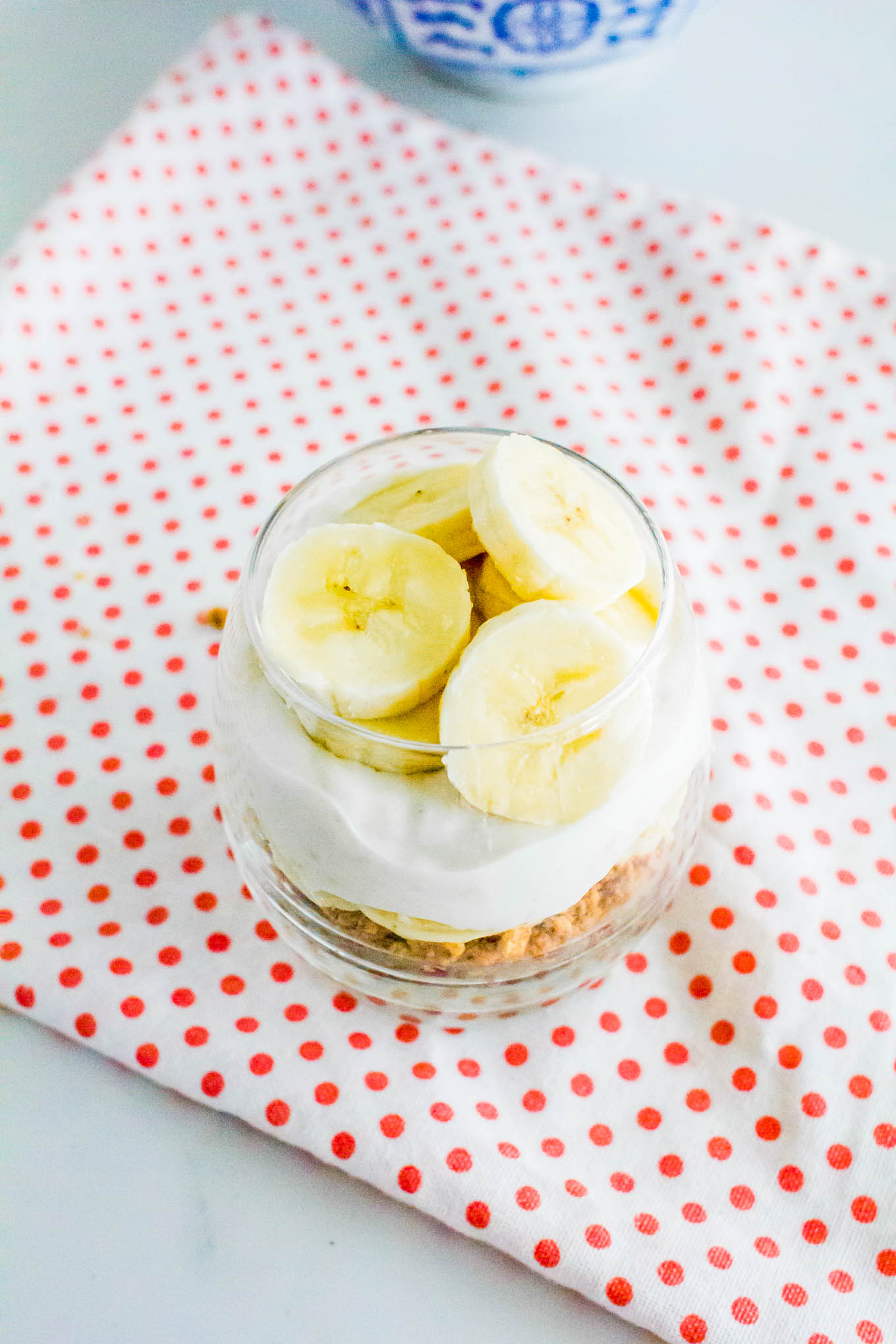 coconut banana pudding with graham-nut butter crumble | immaEATthat.com