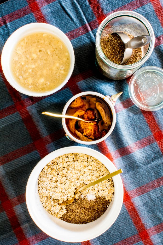 pumpkin peanut butter oat bars | immaEATthat.com