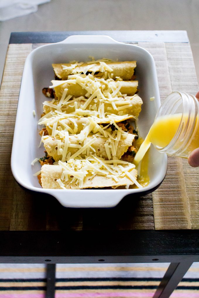 the best vegetarian enchiladas (plus the best enchilada making tip...broth!) | immaEATthat.com